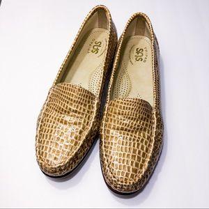 TRIPAD SAS comfort foot tan snake skin loafer NWOT